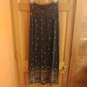 Mossimo floor length tribal skirt